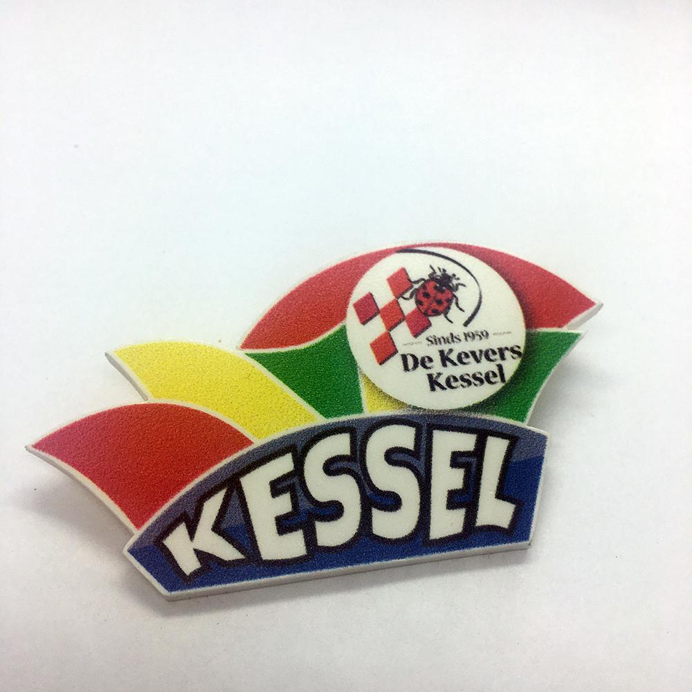 Foam pin steek Kessel